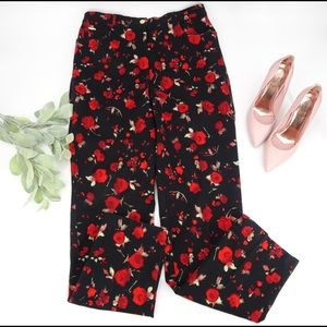 St. John Sport by Marie Gray Black Red Floral denim pants size 12